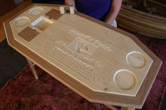 love cribbage... wish i had more opportunities to play!  this table is so neat.