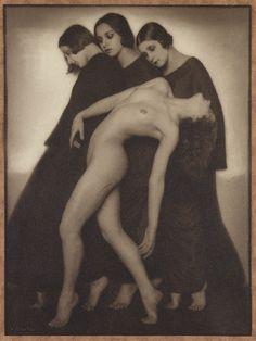 by Rudolf Koppitz