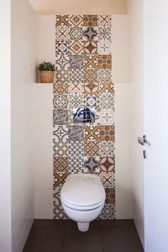 Bathroom Tiles B&q with Bathroom Mirrors And Lights plus Bathroom Ideas For Towels yet Bathroom Remodel List a Bathroom Sink Faucets 3 Hole bathroomdesignb&q bohobathroom 471400285998620689 Boho Bathroom, Modern Bathroom Design, Bathroom Interior Design, Small Bathroom, Bathroom Mirrors, Bathroom Ideas, Bathroom Toilets, Bathroom Designs, Master Bathroom