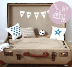Dog bed, hondenmand, koffer als mand DIY
