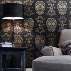 The cardiac wallpaper is gorgeous too. Love this site! Image of Day of the Dead Sugar Skull Wallpaper - Black & Gold