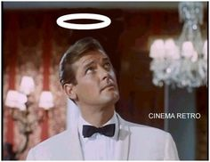 Roger Moore rose to fame playing the charismatic Simon Templar in the mystery/spy thriller smash hit TV show The Saint - Roger Moore, Classic Tv, Classic Films, Simon Templar, The Saint Tv Series, Emission Tv, Mejores Series Tv, 60s Tv, Templer