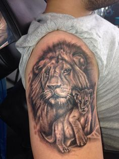 Image result for lion with cubs sleeve tattoo Lion Chest Tattoo, Lion Tattoo Design, Tattoo Designs, Tattoo Ideas, Cubs Tattoo, Bicep Tattoo, Best Sleeve Tattoos, Lion Cub, Animal Tattoos