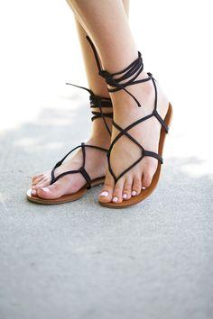 black-steve-madden-gladiator-sandals