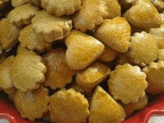 Dlouho jsem hledala tento recept: Recept na nejlepší perníčky pod sluncem. Jsou hned měkké! Snack Recipes, Snacks, Biscuits, Chips, Vegetables, Ethnic Recipes, Food, Christmas Recipes, Snack Mix Recipes