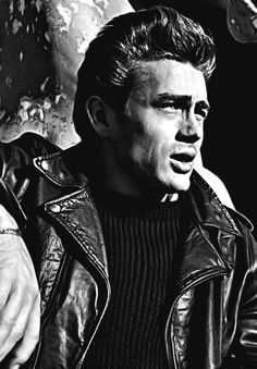 On one hand I am like Clift saying 'help me' and of the other hand I am Brando saying, 'Screw you!', and somewhere in between is James Dean. American Idol, American Actors, Classic Hollywood, Old Hollywood, Marilyn Monroe, Bruce Lee, James Dean Photos, Jimmy Dean, Actor James