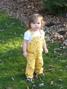 Fan photo of the day!  Proud parent: Gissela Location: Ohio Wearing: Overall in honey bees  Available for sale: http://www.etsy.com/listing/41119352/overall-in-honey-bees