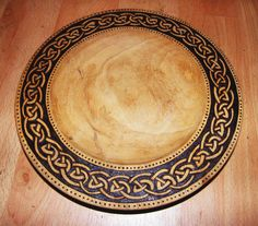 Wood Turning Projects, Projects To Try, Home Crafts, Arts And Crafts, Woodturning Ideas, American Indian Art, Wooden Bowls, Pyrography, Craft Fairs