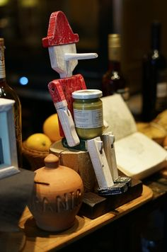 Pinocchio is the main Tuscany icon, land well known for its superb wines and tasteful food.