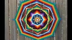 Mini Mandada Flor de 8 Pétalos - YouTube Mandala Art, Mandala Design, God's Eye Craft, Mexican Heritage, Weaving Designs, Gods Eye, Weaving Art, Mandala Coloring, Art Club