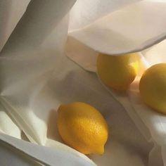 yellow, aesthetic, and lemon image Summer Aesthetic, White Aesthetic, Aesthetic Food, Aesthetic Photo, Aesthetic Pictures, Photography Aesthetic, Aesthetic Themes, Photowall Ideas, Jandy Nelson