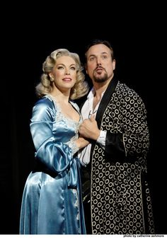 Hannah Waddingham and Alex Bourne in Kiss Me, Kate at the Old Vic. Photo by Catherine Ashmore Theatre Stage, London Theatre, Musical Theatre, Theater, Musicals, Kiss, Old Things, Play, Theatres