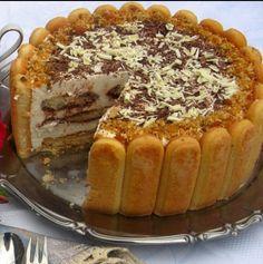 Обожавам я тази торта- само 3 съставки, а се топи в устата. Може да си я направиш по всяко време - Продукти: 300 гр. бишкоти 1 каф. ч. кафе (сварено и...