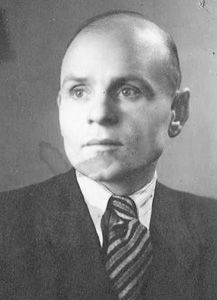 Leopold Socha rescued Jews from the ghetto in the Lwow sewer system. Socha and his wife cared for the fugitives and, together with the Wroblewskis paid for the food out of their own pockets.