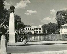 Straatbeeld, (Jembatan Berok/Willemsbrug) Semarang, Java, Indonesië (1933)