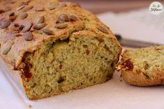 Cake aux courgettes et tomates séchées, recette - Vegan Pratique