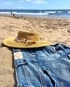 Eat. Beach. Sleep. Repeat. (Photo by @Vivianneholm) #oddmolly #madeinlove #backseatshorts