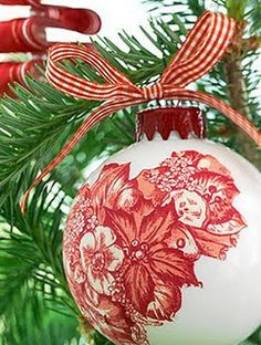 Decoupage ornament.  Another gift idea? Sailboats instead of flowers! Gotta do this!!!