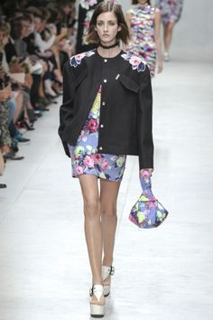 Sfilata Carven Paris - Collezioni Primavera Estate 2014 - Vogue
