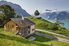 Haus Tannen in Morschach (SZ) Cabin, House Styles, Nature, Travel, Home Decor, Switzerland, Architecture Design, Holiday, Environment