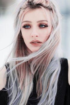 A linda modelo Vanja Jagnić nas fotografias de Jovana Rikalo