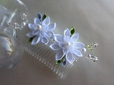 Hair Comb - White Silver Lime Green Kanzashi Flowers with White Pearls and Crystal Beads