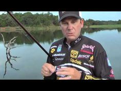 KVD shows you how to fish with a crankbait, and discusses the KVD Crankbait. Bass Fishing Videos, Bass Fishing Lures, Bass Fishing Tips, Crappie Fishing, Saltwater Fishing, Kayak Fishing, Fishing Stuff, Fish Information, Fishing Techniques