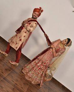 WeddingSutra WedMeGood Wedding Vows Wedding.net The Wedding Brigade Wedding Outfits Wedding Style #HappyAsopalavBride #NewCollection #AttentionToDetail #AsopalavBrides #Ahmedabad #Bridal #HappyBrides #DesignerCollection #Granduer #Royal #elegance #elegantmotifs #ElegantBridalWear #Indianweddings #Indianfashion #BigFatIndianWeddings #Bridalwear #BridalElegance #NewGenerationBrides #IndianEthnicWear #bridalboutique #bridalinspiration #NRIBrides #traditionalwear #Gharchola #Panetar Indian Bride Photography Poses, Indian Wedding Couple Photography, Wedding Couple Photos, Bridal Photography, Wedding Poses, Wedding Photoshoot, Couple Photoshoot Poses, Couple Posing, Indian Engagement Photos