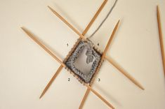 Crochet Socks, Knots, Knitting, Tableware, Crocheting, Slippers, We, Crochet Hooks, Dinnerware