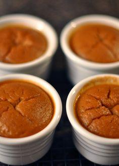 Pumpkin Custard (gluten+dairy free) :: simple recipe using canned pureed pumpkin and maple syrup desserts foodstuff-i-love Gluten Free Deserts, Dairy Free Recipes, Paleo Recipes, Gluten Free Pumpkin, Pumpkin Recipes, Spiced Pumpkin, Healthy Pumpkin, Canned Pumpkin, Pumpkin Custard