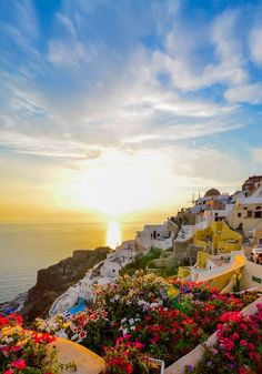 20 Amazing Views From Santorini, Greece