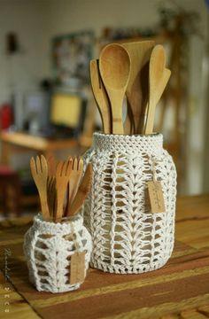 Free Knitting Pattern for Santa Claus Gift Bag - Kivoyi Crochet Crochet Decoration, Crochet Home Decor, Diy Crochet, Crochet Crafts, Yarn Crafts, Macrame Art, Macrame Design, Macrame Projects, Crochet Projects