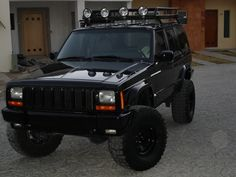 """2000 Jeep Cherokee Sport 