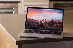 eMAG ofera reduceri de pana la 1600 LEI la iMac si MacBook in weekend Macbook Pro 13, Cheap Macbook Pro, Macbook Pro For Sale, Macbook Pro Touch Bar, Apple Macbook Pro, Macbook Air, Apple Laptop, Mac Laptop, Computers