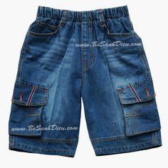 Quần jean lửng size lớn cho bé size 12T đến 14T, 34kg đến 38kg Quần áo bé trai Quần jean lửng size đại cho bé, hàng VN. Chất vải jean dày vừa phải, mềm mai. Form quần rộng rãi, lưng thun dễ mặc, dễ vận động. Màu: xanh jean đậm vừa
