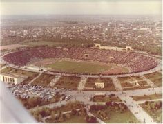 Stadium Lia Manoliu in Bucharest-Romania Paris, National Stadium, Bucharest Romania, Football Stadiums, Socialism, Old Pictures, Airplane View, Memories, Country