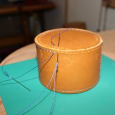 GDH Leather Courses 2020 Butt and Box Stitch - Part Preparing for Box Stitching - GDH Leather Courses 2020 Leather Box, Sewing Leather, Leather Gifts, Leather Pattern, Leather Tooling, Leather And Lace, Leather Craft, Leather Wallet, Custom Leather