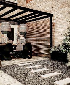 Small Courtyard Gardens, Small Backyard Gardens, Terrace Garden, Backyard Landscaping, Gazebo Pergola, Pergola With Roof, Classic Garden, Wood Planters, Diy Patio