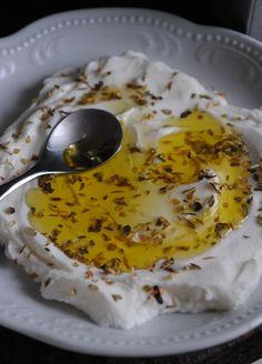 Homemade Yogurt Cheese (labneh)