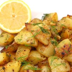 Lemon Roasted Potatoes by sweetpeaskitchen #Potatoes #Lemon #sweetpeaskitchen