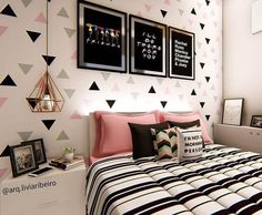 Top 130 cute teenage girl bedroom ideas stylish teen girl room decor 25 – Home Dekor Small Room Bedroom, Room Decor Bedroom, Girls Bedroom, Girl Room, Bedroom Ideas, Preteen Bedroom, Dream Rooms, Dream Bedroom, Girl Bedroom Designs
