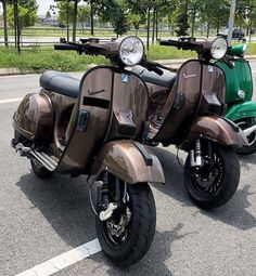 Lml Vespa, Vespa Bike, Motos Vespa, Vespa Pk 50 Xl, Vespa Px 200, Lambretta, Piaggio Vespa, Vespa Miller, Triumph Motorcycles