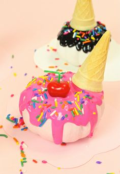 DIY Spilled Ice Cream Cone Mini Halloween Pumpkins! ⋆ Brite and Bubbly
