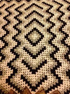 Drop in the Pond Lap blanket pattern by Elizabeth Ham