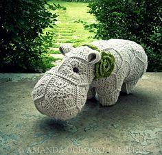 Perfect hippo by Amanda of Chalklegs