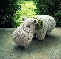 Perfect hippo by Amanda of Chalklegs