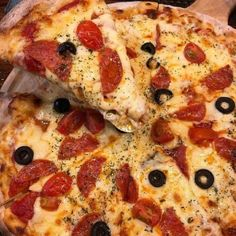 Cute Food, I Love Food, Good Food, Yummy Food, Tasty, Indian Pizza, Homemade Dough Recipe, Veggie Casserole, Pizza Restaurant