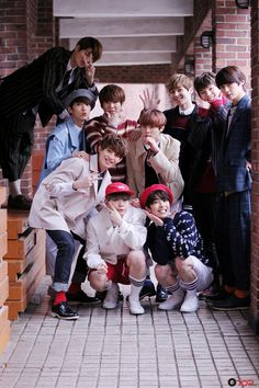 UP10TION International
