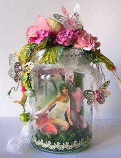 Enchanted Garden-Fairy in Jar-Adriana Bolzon Fairy Crafts, Diy And Crafts, Paper Crafts, Molduras Vintage, Fairy Jars, Painted Gourds, Decorated Jars, Enchanted Garden, Flower Fairies