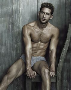 Max Emerson | Ricky Middlesworth